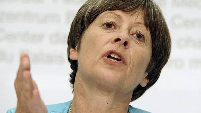 Margret Kiener-Nellen von der Finanzkommission vor den Medien in Bern