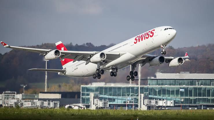 Das EU-Parlament kippt eine Luftfahrt-Regel vorübergehend, wonach Airlines ihre Start- und Landerechte nur wahren, wenn sie mindestens 80 Prozent der Flüge auch durchführen. (Symbolbild)