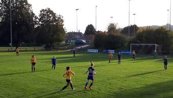 Aufgrund von einigem Verletzungspech und ungenutzten Chancen konnten die SCD Frauen im Spiel gegen den FC Schlieren den Sieg nicht nach Hause holen.
