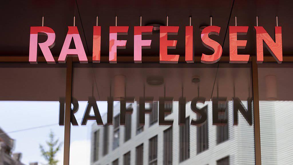Eine Arbeitsgruppe von Raiffeisen soll im Hinblick auf die Delegiertenversammlung im Herbst unter anderem das Prinzip «one bank, one vote» ausarbeiten. (Archiv)