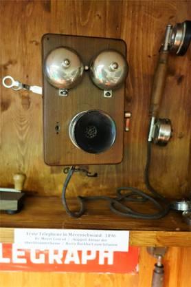 Das ist eines der ersten Telefone in Merenschwand – von 1896.