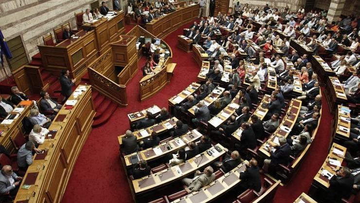 Der Ausgang des Schicksalsvotums im griechischen Parlament über neue Milliardenhilfen wurde mit Spannung erwartet. (Archiv)