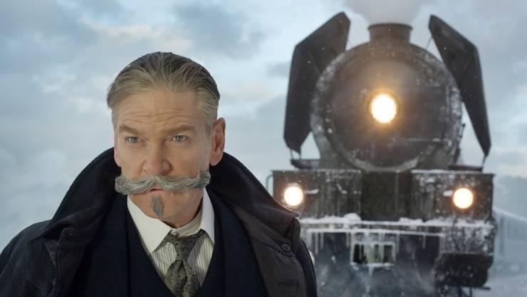 Herrlicher Hauptdarsteller mit herrlicher Gesichtsbehaarung: Kenneth Branagh als Hercule Poirot.