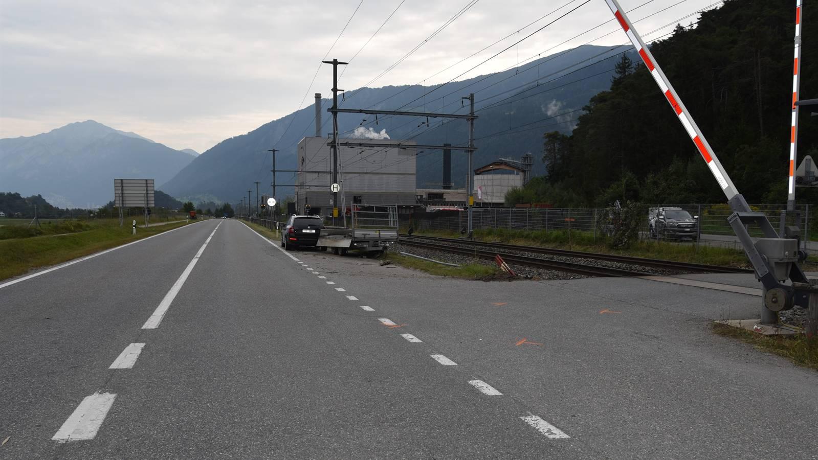 2021-09-10 Domat Ems Bahnübergang__w_1600__h_0