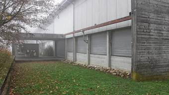 Auf diesem Vorplatz möchte der Pächter eine Restaurant-Terrasse bauen. Ob das geht, ist offen.