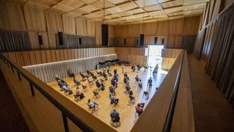 Der grosse Probesaal im neuen Orchesterhaus des Luzerner Sinfonieorchesters wird in diesem Monaten zum kleinen KKL.