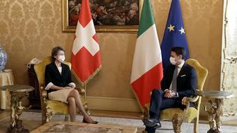 Der italiensche Premierminister Giuseppe Conte hat am Dienstagvormittag in Rom Bundespräsidentin Simonetta Sommaruga empfangen.