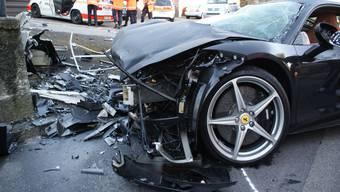 Ferrari-Raser: Beim Unfall in Kilchberg starb eine Mitfahrerin