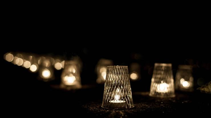 1500 Kerzen wurden auf der Ruine Stein aufgestellt.