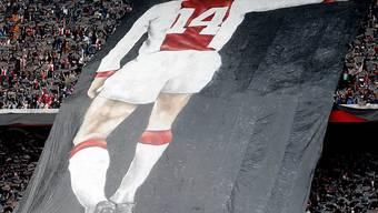 Abschied in der Amsterdam Arena: Die Ajax-Fans gedachten am Sonntag noch einmal der Klublegende Johan Cruyff