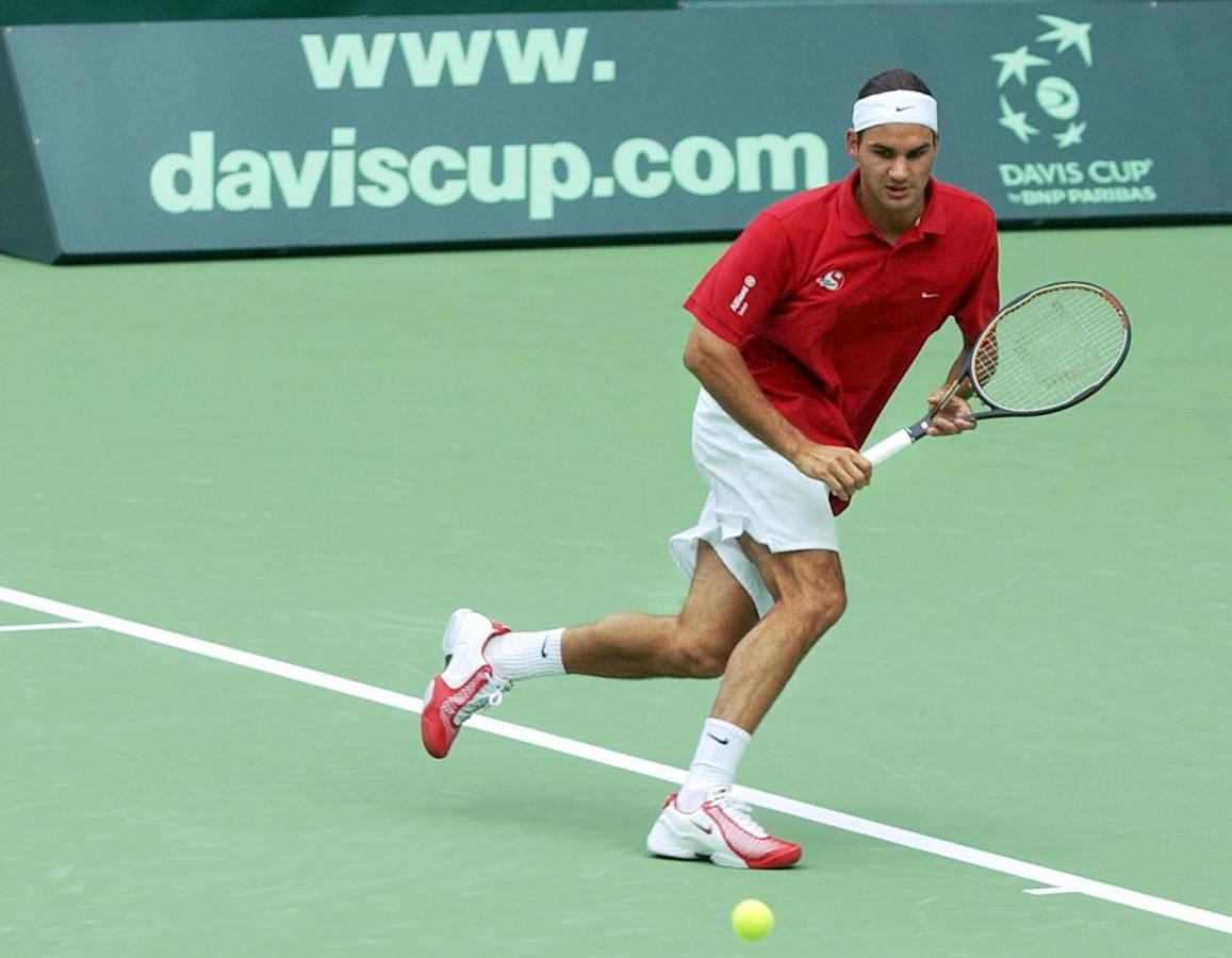 Roger Federer am Davis Cup in Melbourne, 17. September 2003 (© Keystone)