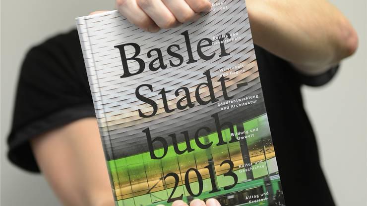 Titelbild des neuen Basler Stadtbuchs. Juri Junkov