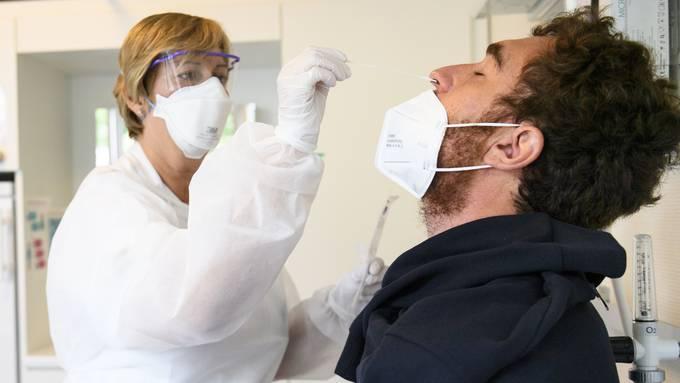 Die Zahl der bestätigten Neu-Infektionen (274) ist am Mittwoch im Vergleich zum Vortag stark gestiegen.