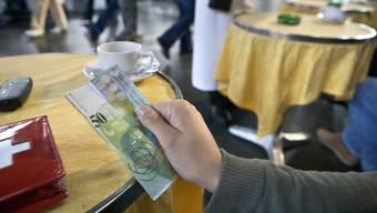 Ab dem 12. April gibt es eine neue 50er-Note. Bereits jetzt spucken einige Bankomaten keine 50er-Noten mehr aus.