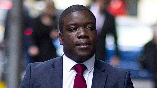 Ex-UBS-Händler Kweku Adoboli auf dem Weg zum Gericht (Archiv)