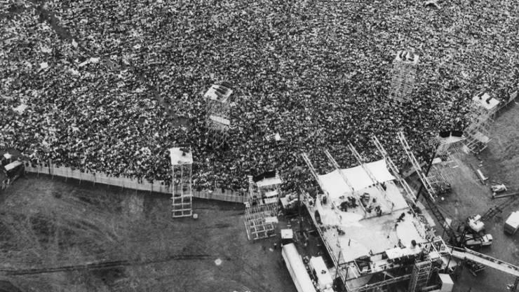 Gilt als Höhepunkt der Hippie-Bewegung in den USA: Das Musik-und Kunstfestival Woodstock im August 1969. (Archivbild)