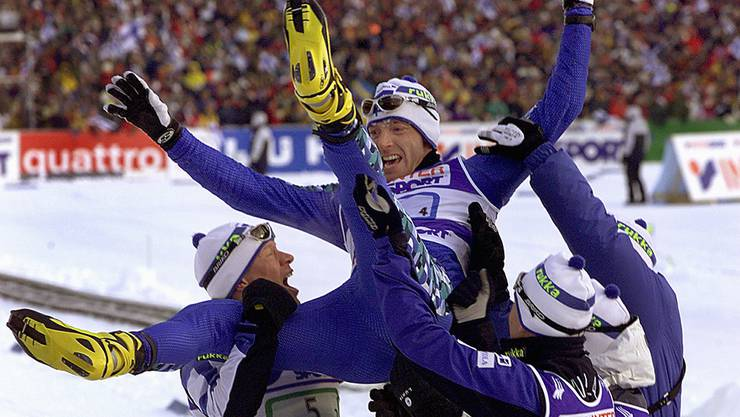 Der finnische Langläufer Mika Myllylae gewinnt in Lahti 2001 Gold - später wurde er des Dopings überführt.