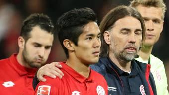 Der Schweizer Martin Schmidt (r.) steckt mit dem FSV Mainz mitten im Abstiegskampf.
