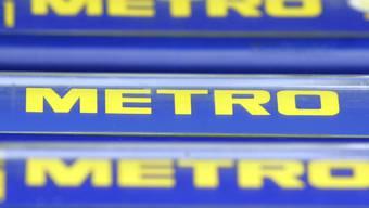 Zwei grössere Aktionäre der deutschen Metro-Gruppe wollen zusammenarbeiten und sich somit gegen eine Übernahme des Handelskonzerns stellen. (Archivbild)