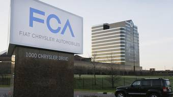 Der italienisch-amerikanische Autohersteller Fiat Chrysler hat einen Rechtsstreit um Abgas-Manipulationen mit der Zahlung von über einer halben Milliarde Dollar beigelegt. (Archivbild)