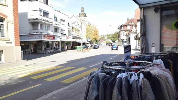 In Wohlen bietet etwa die Zentralstrasse die Gelegenheit zum Shoppen.