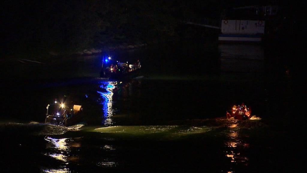 Grosse Suchaktion: Zwei Männer nach Sprung in den Rhein vermisst