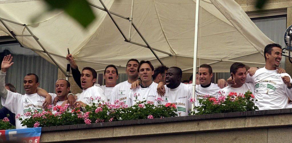 Der FC St.Gallen lässt sich feiern. (Bild: Keystone/Regina Kühne)