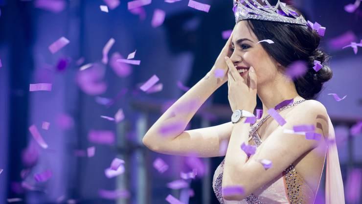 Jastina Doreen Riederer, die letzte Miss Schweiz, bei ihrer Krönung 2018.