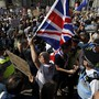 In London und anderen Städten Grossbritanniens hat es am Samstag lautstarke Proteste gegen Premierminister Boris Johnson gegeben. Die Proteste richteten sich gegen dessen Entscheidung, das Parlament wenige Wochen vor dem geplanten Austritt Grossbritanniens aus der EU für einen Monat zu suspendieren.