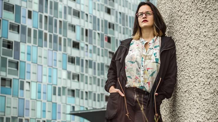Die junge Regisseurin Ivana Lalovic ist begeistert von der «urban anonymen» Kulisse des Drehorts in Spreitenbach.
