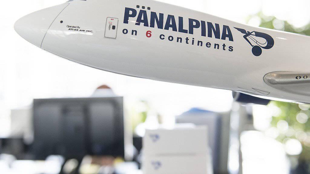 Trotz steigendem Transportvolumen in der Luftfracht: Das Basler Logistikunternehmen Panalpina steht wegen dem rückläufigen Öl- und Gasgeschäft im Gegenwind.