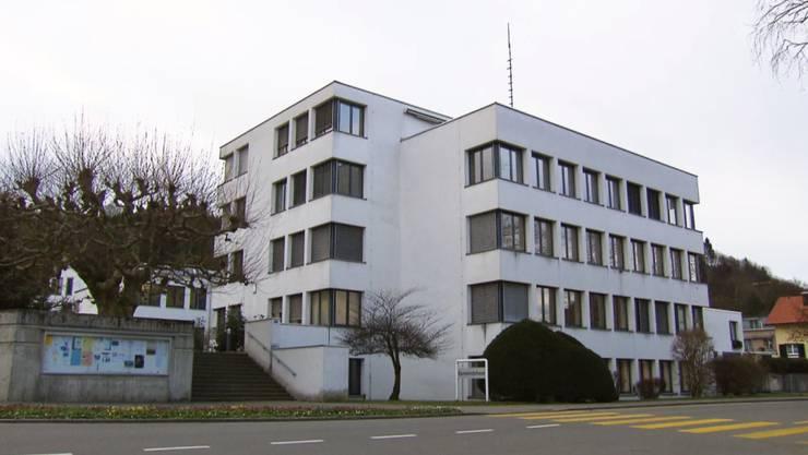 Das Gemeindehaus in Spreitenbach.