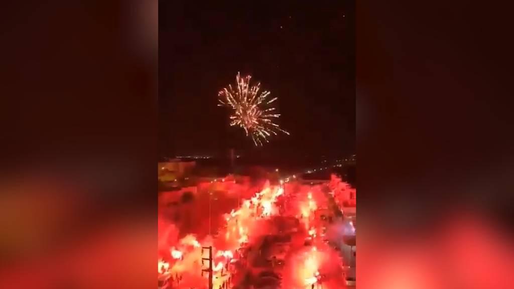 100 Jahre Club Africain: Tunesische Fussball-Fans feiern Club mit Pyro-Mega-Party