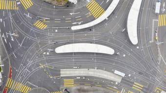 An Verkehrsknotenpunkten wie dem Central in Zürich ist nicht mehr viel los.