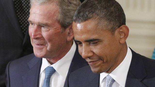 Seltene Harmonie: George W. Bush (l) und Barack Obama