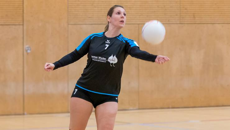 Fabienne Senn und die Frauen des STV Oberentfelden-Amsteg spielen in der kommenden Hallensaison in der 1. Liga.