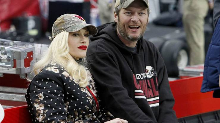 Gwen Stefani und Sänger Blake Shelton haben anderthalb Jahre lang versucht, durch In-Vitro-Fertilisation ein Baby zu bekommen. Nach einer Fehlgeburt ist die 48-Jährige Sängerin nun am Boden zerstört; für einen neuen Versuch fühlt sie sich zu alt. (Archivbild)