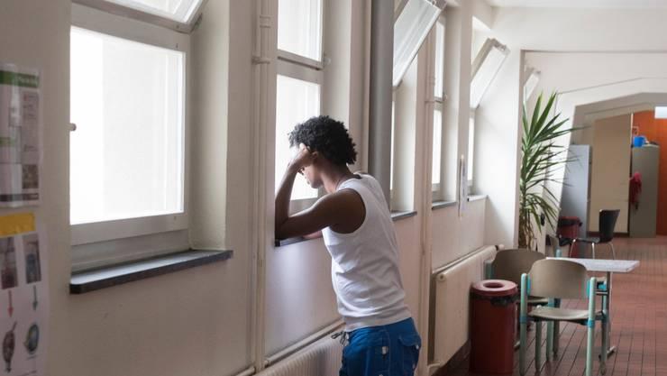 Ein Asylsuchender im Asylzentrum Viktoria in Bern (Symbolbild).