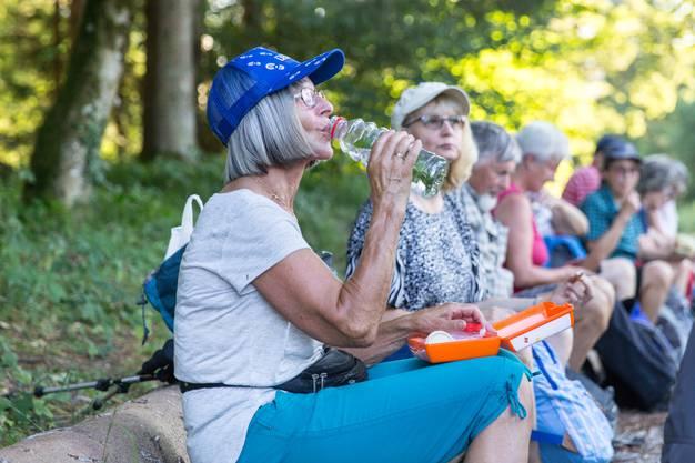 Auch wenn es schon etwas kühlerer Abend war: Am 27. Juli, zur Zeit der Hitzewelle, war jede Trinkpause willkommen!
