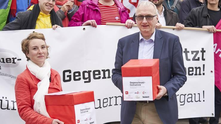 Grüne Nationalrätin Irène Kälin und Stv. Staatsschreiber Urs Meier