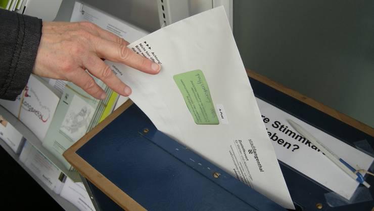 Das Verbot überparteilicher Listenverbindungen ist vorerst blockiert