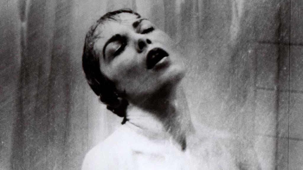 Janet Leigh als Marion Crane in der berühmten Duschszene.