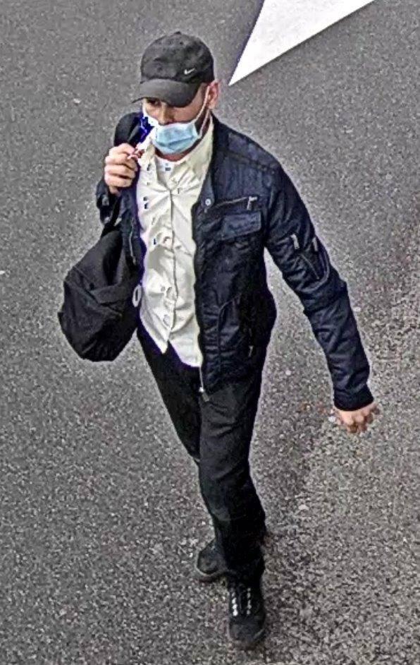 Wer Informationen über diesen Mann hat, soll sich bei der Polizei melden.