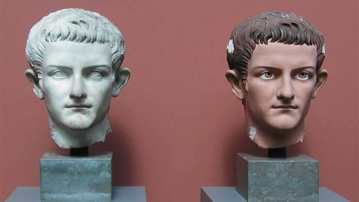 Entgegen der landläufigen Meinung waren antike Statuen farbig: Rechts eine Rekonstruktion einer Büste des römischen Kaisers Caligula in der Ny Carlsberg Glyptotek in Kopenhagen.