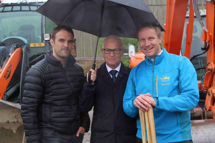 Von links nach rechts: Thomas Rechsteiner, Projektleiter Produktion SAK, Roland Dähler, Landesammann AI, Markus Koster, Geschäftsführer Kronberg (Bild: FM1Today/Rahel Röthlin)