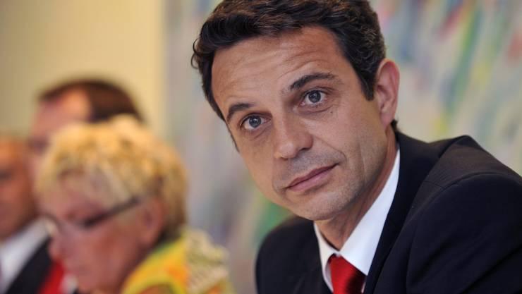 Der designierte Präsident des FC Basel, Bernhard Heusler. Im Hintergrund die abtretende Gigi Oeri.