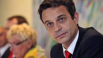 Der designierte Präsident des FC Basel, Bernhard Heusler. Im Hintergrund die abgetretene Gigi Oeri.