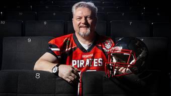 Roger Bächli freut sich auf einen spektakulären Super Bowl im Kino Aarau.