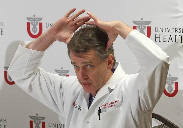 Neurologe Andrew Dailey erklärt die Verletzung.