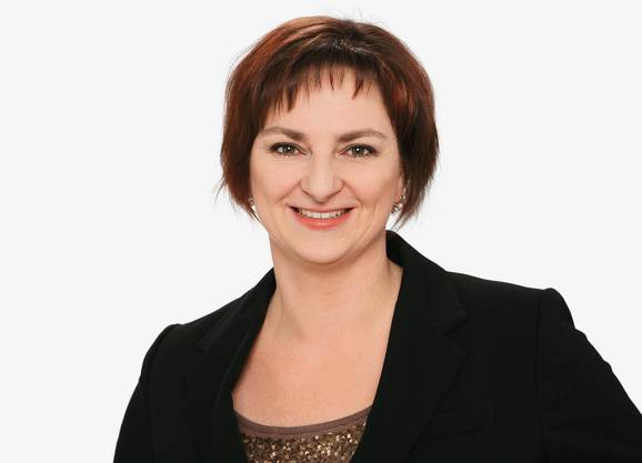 Claudia Moor: Kommentatorin Eiskunstlauf, Schwimmen